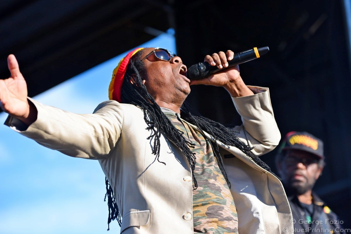 Third World And Mixed Roots Blend Genres During Alive At Five Snap Circuits 300 Project Kit Shop Atjm Cremps Adventure Store Is One Of The Longest Lived Reggae Bands Jamaicas Most Popular Crossover Acts Mixing Rb Funk Pop Rock Creating A Style