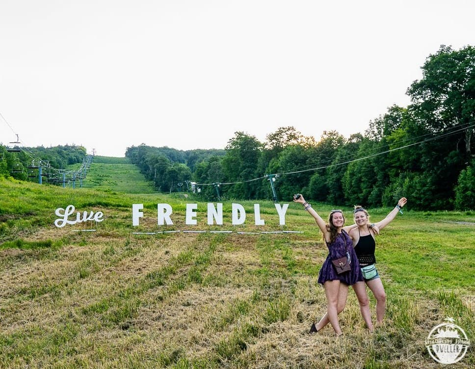 Frendly Gathering Proves Less is More | Utter Buzz!