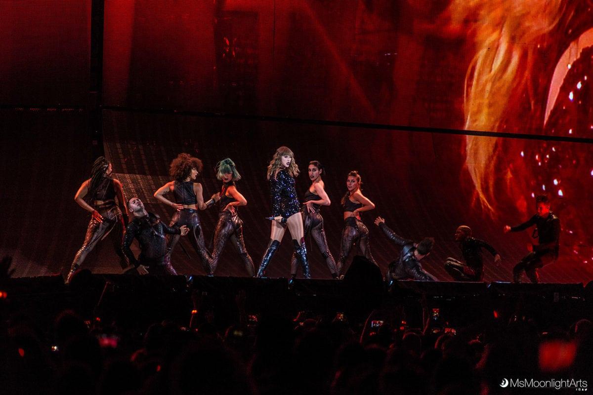 Top 5 Amazing Things Taylor Swift Did At The Metlife Stadium Utter 1991 Mazda Navajo Fuse Box Diagram 21 2018 Last Show Will Take Place In Tokyo Japan Tour Could Become One Of Highest Grossing Tours All Time And Its Definitely Worth