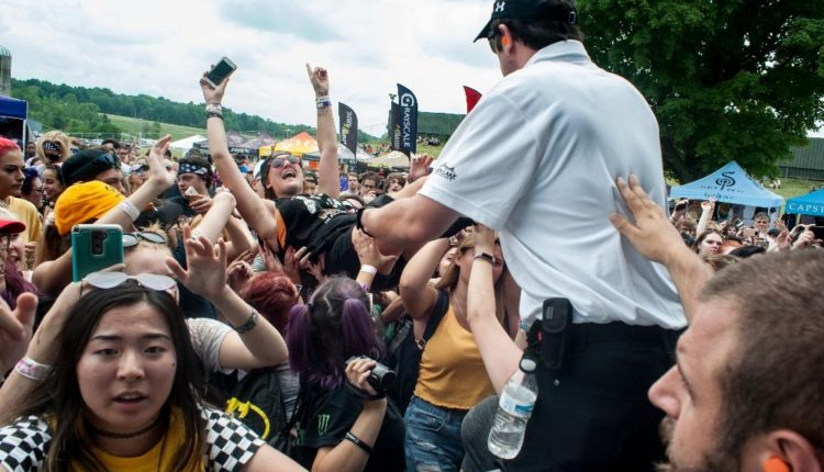 Warped Tour fans – M. Snow