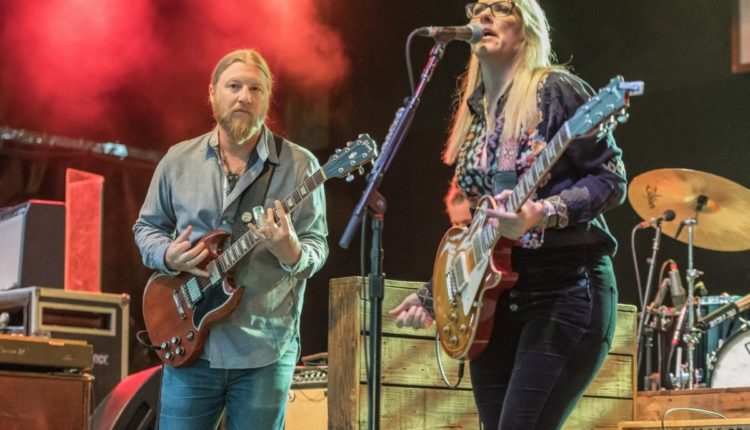 Brian Cornish_Tedeschi Trucks-24