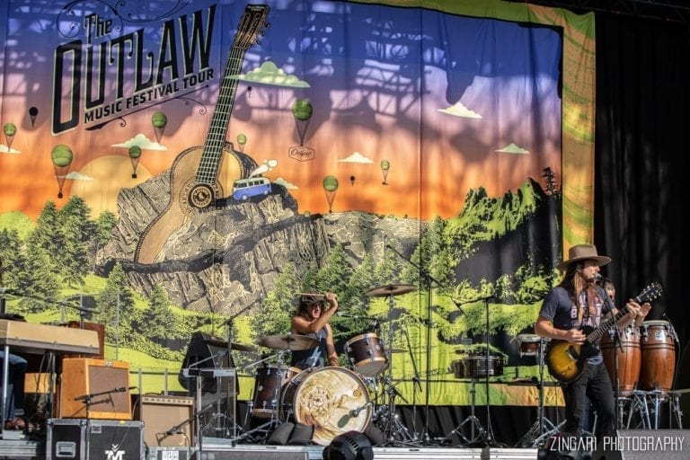 outlaw music festival forest hills
