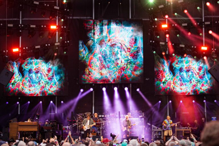 dead and company hershey